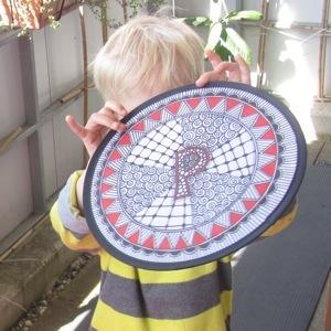 dotslinespatterns.com, frisbee01.jpg